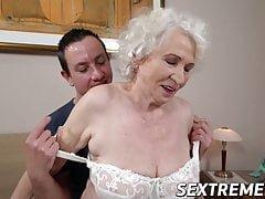 Oma porno sextreme hd net 21 Sextreme Porn Videos Mandrill Tube